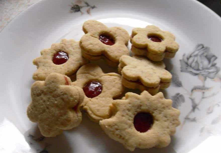 Slepované vánoční linecké cukroví s pohankovou moukou
