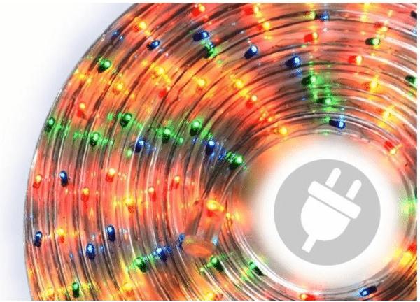 svítící vánoční kabel v teplých barvách