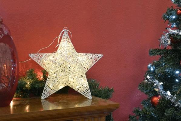 vánoční LED hvězda v teple bílé barvě