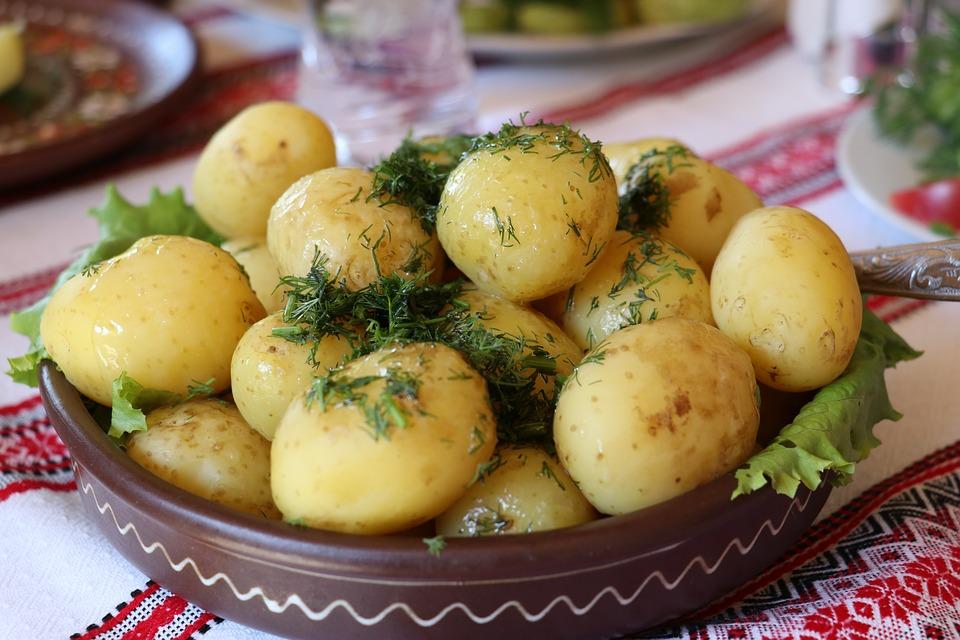 kopr a brambory to je neodolatelná kombinace