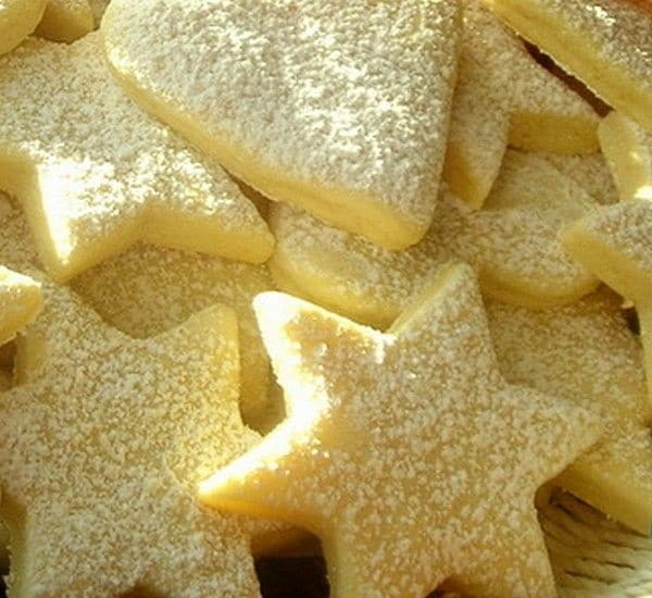 hvězdičkové cukroví s příchutí citrónu
