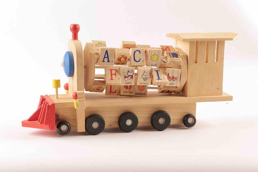 skládací vláčky jsou pro malé děti jedním z nejlepších dárků