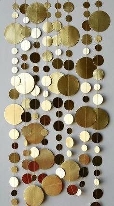 Jednoduchý papírový řetěz na stěnu či vánoční stromeček v blogger stylu.