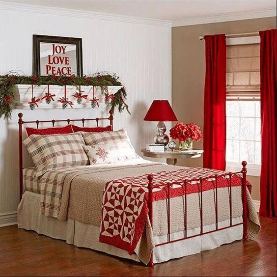 Vánoční ložní prádlo s kostkami.
