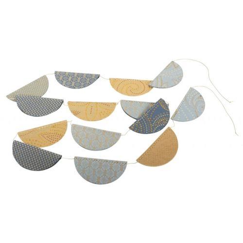 Metalická papírová girlanda na stromeček.