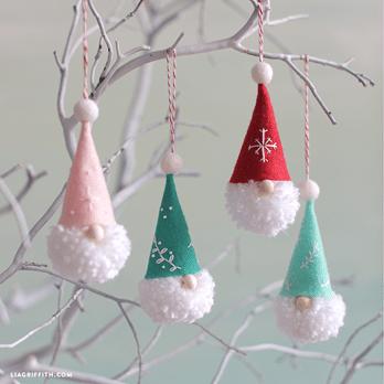 Vánoční skřítci na stromeček návod.