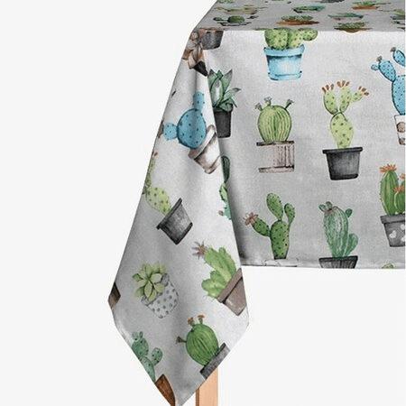 Stylový ubrus s motivem kaktusů.