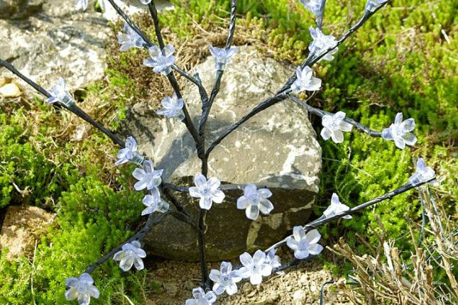 zahradní květinový strom s 36 LED diodami