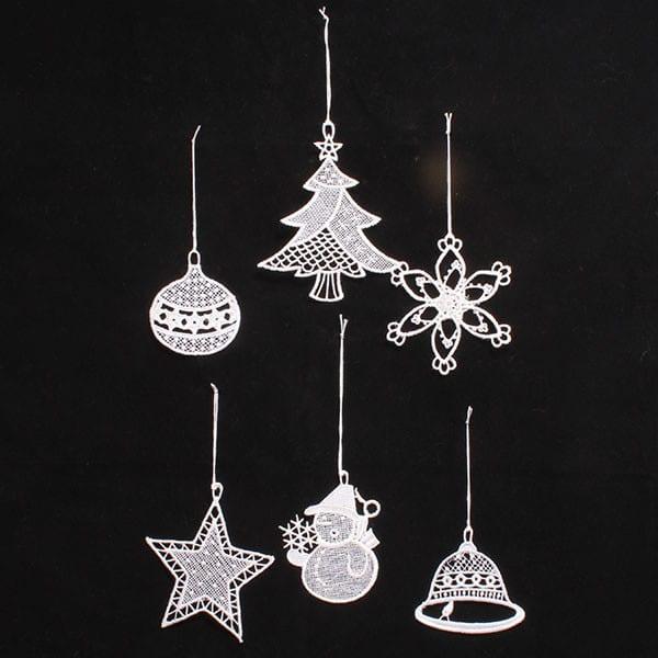Sada háčkovaných ozdob na vánoční stromeček