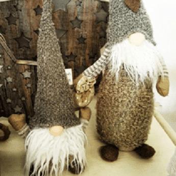 Vánoční skřítci ve skandinávském stylu.