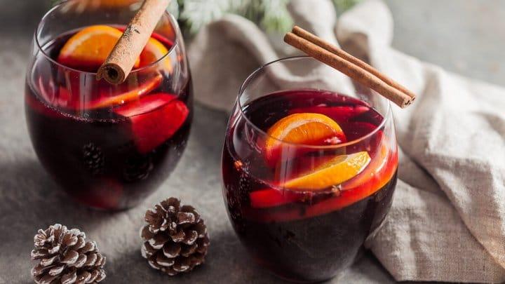 Udělat si výborné svařené víno není nic náročného.