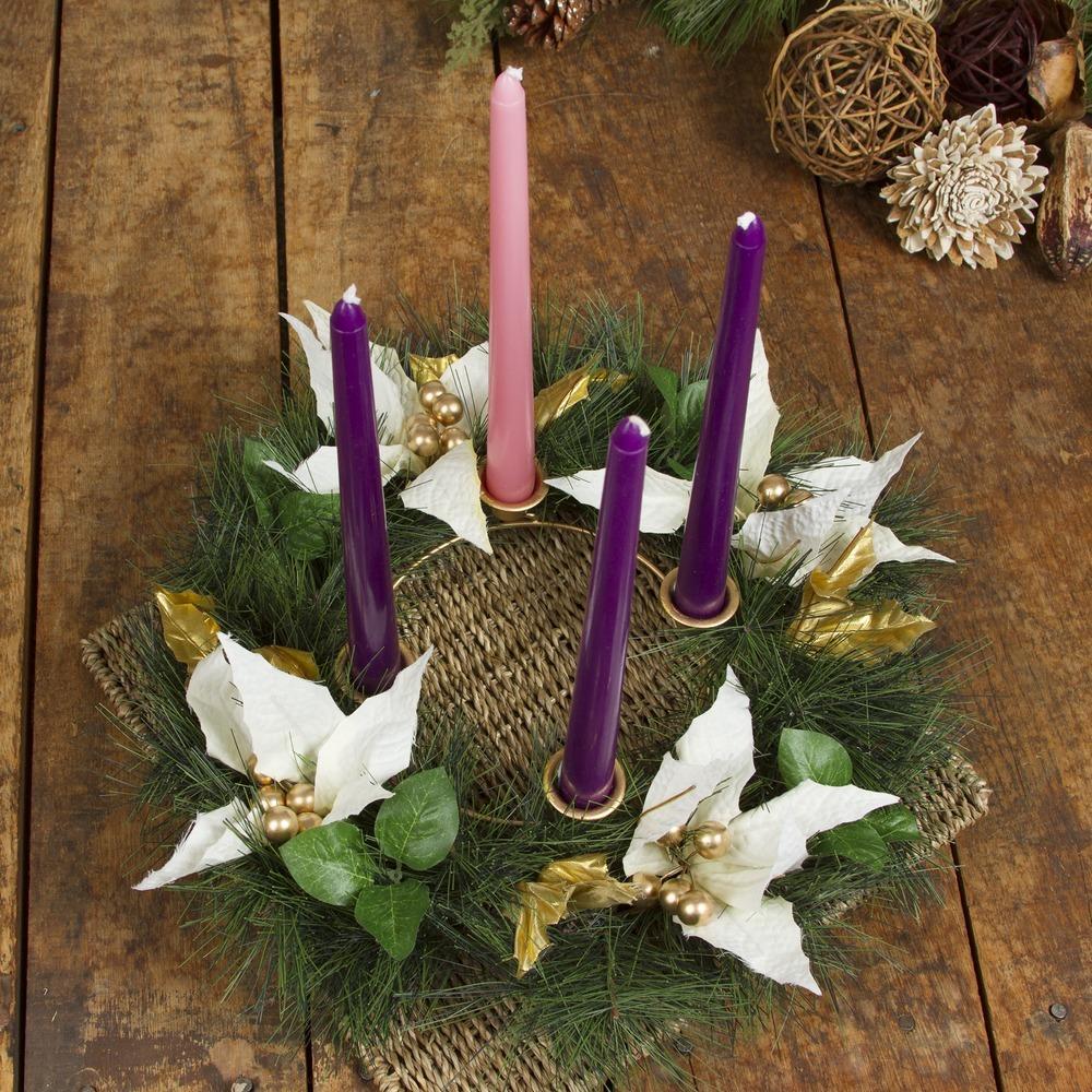 Adventní věnec je jeden z nejdůležitějších symbolů adventu.
