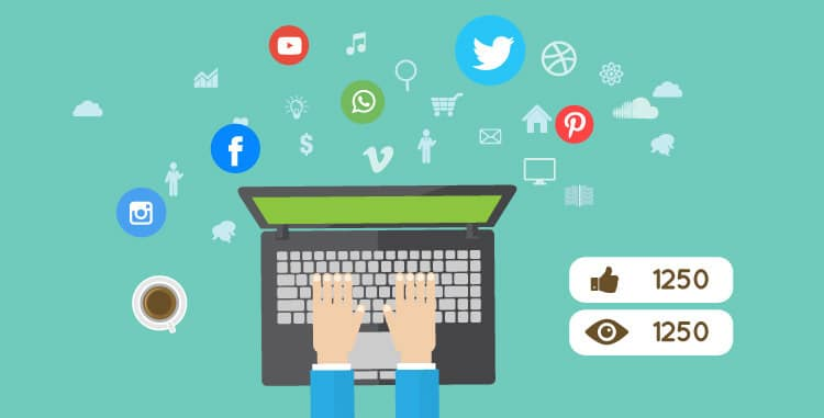 Patříte mezi přeborníky na sociálních sítích? Rozešlete svou novoročnku online.