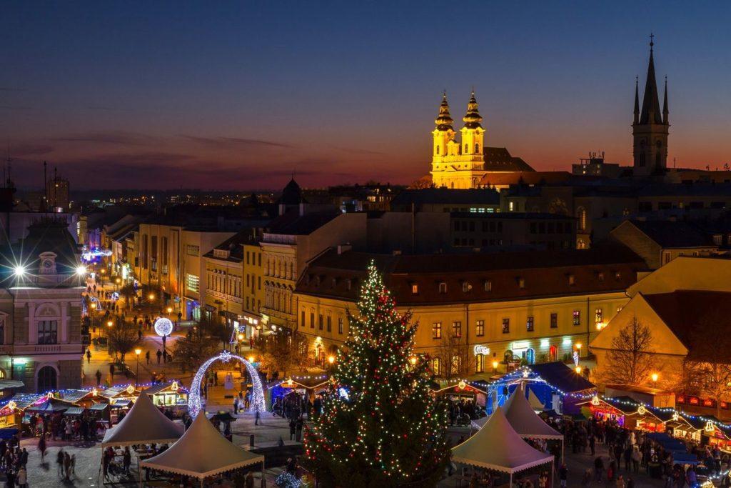 Na vánočních trzích v Nitre je opravdu krásně.