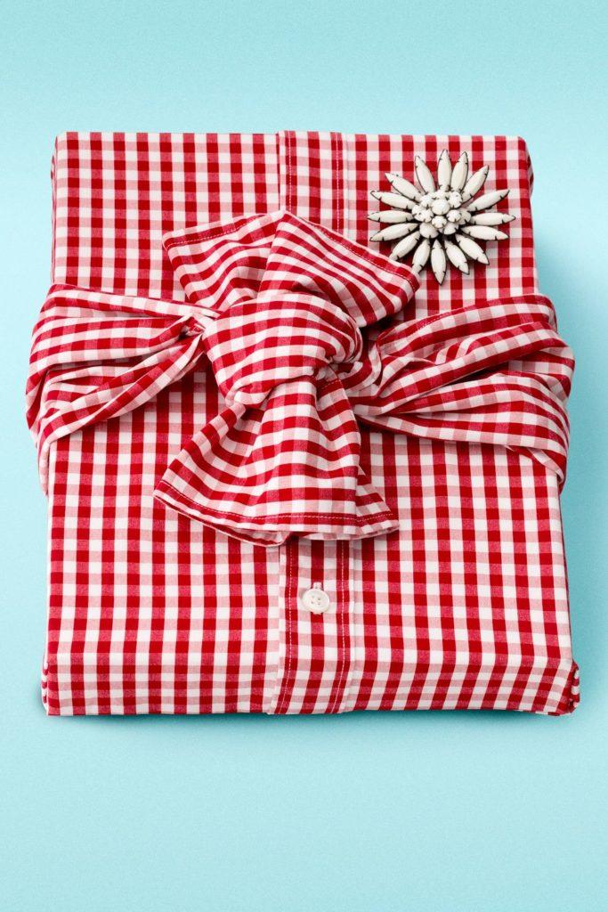 Zabalit vánoční dárky bez obalu? Ano, jde to!