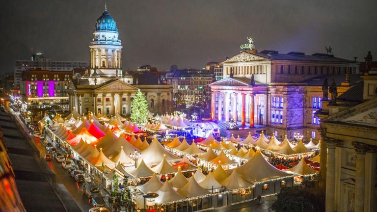 Vánoční trhy v německém Berlíně.