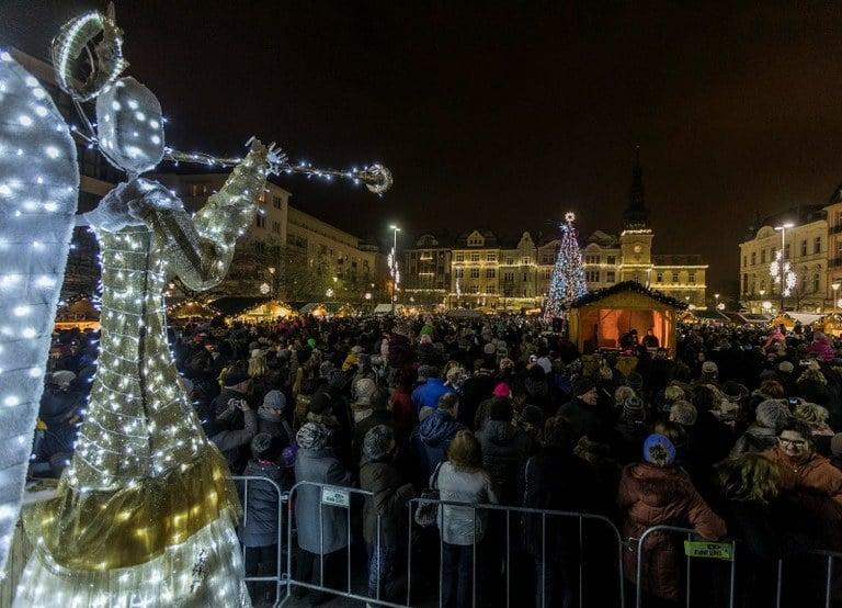 Vánoční trhy v Ostravě jsou trochu komornější, ale také krásné.