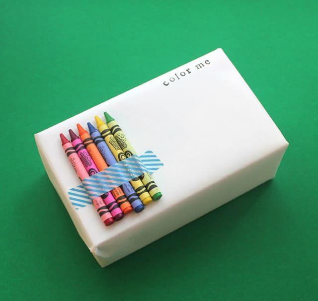 Originální způsob, jak zabalit vánoční dárek dětem.